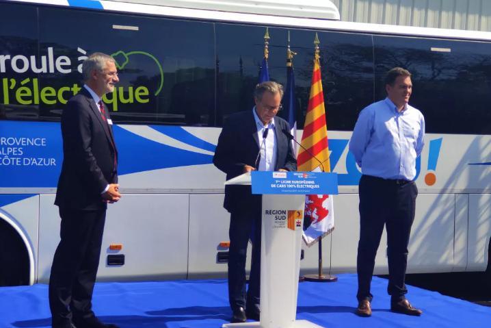 Lancement de la première ligne interurbaine des autocars 100 % électriques en Europe. L'autocar purement électrique de Yutong entre en Provence, France